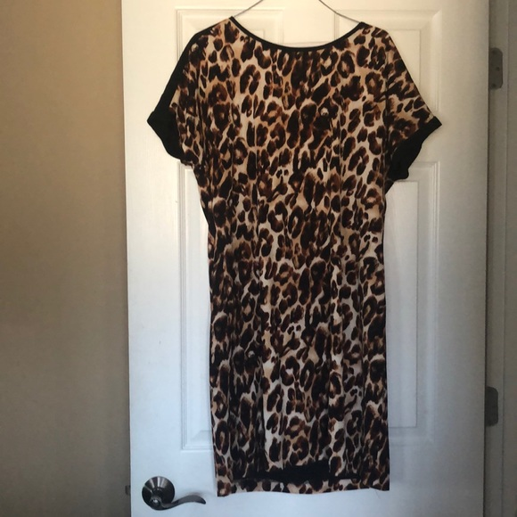 Gibson Latimer Dresses & Skirts - Cheetah Print Gibson Latimer Dress. Size Medium